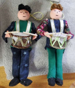 Sample of Drummer Boys (or girls as some of them do look femine). Christmas ornaments or everyday decorations.